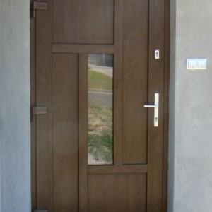 drzwi do wejścia domu schuco