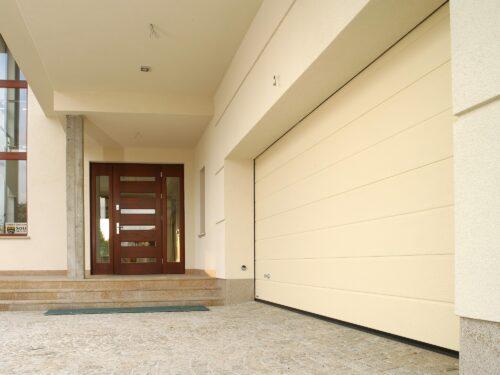 Brama garażowa rolowana